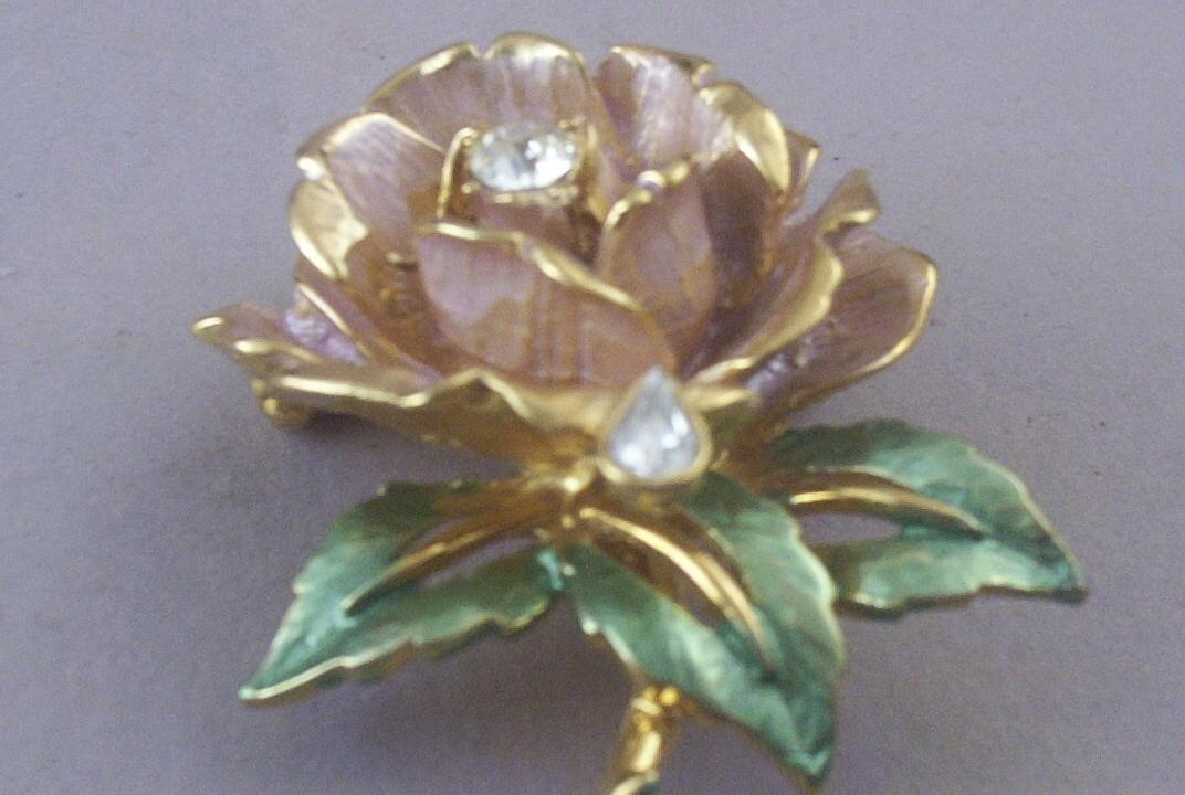 Vintage r j graziano england s rose princess diana enameled amp from