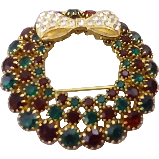 Show-Stopper Kirk's Folly Oversized Rhinestone Christmas Wreath Brooch - Harder-to-Find