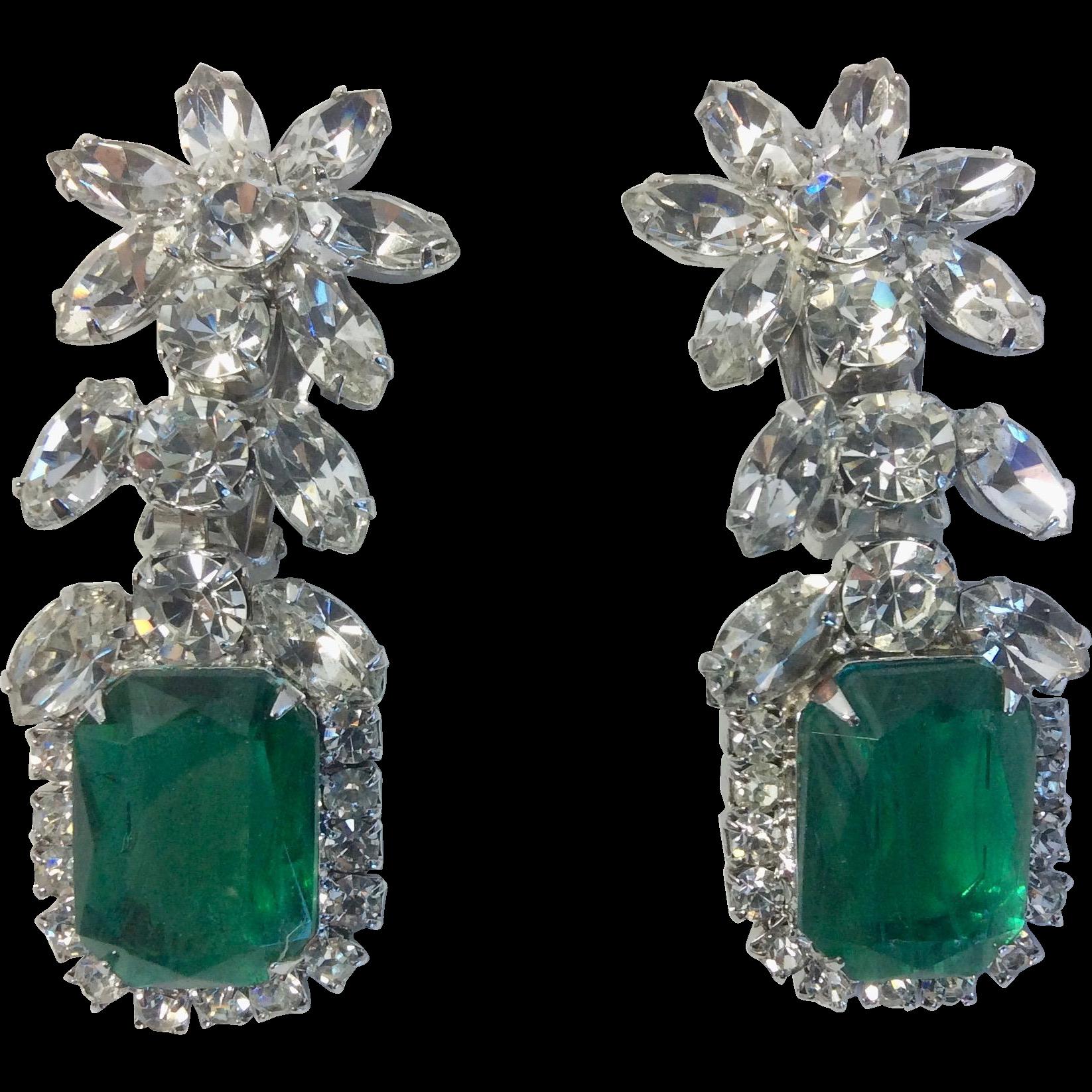 Juliana Vintage Emerald Green Glass Book Piece Earrings