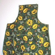 Irish Linen Cobbler Apron By St. Michael Green Ground Gold Poppies
