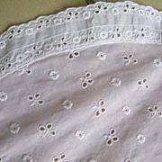 Vintage Quality Lightweight Pink Batiste Eyelet Coverlet / Bedspread ..78 X 90..Excellent Vintage Condition
