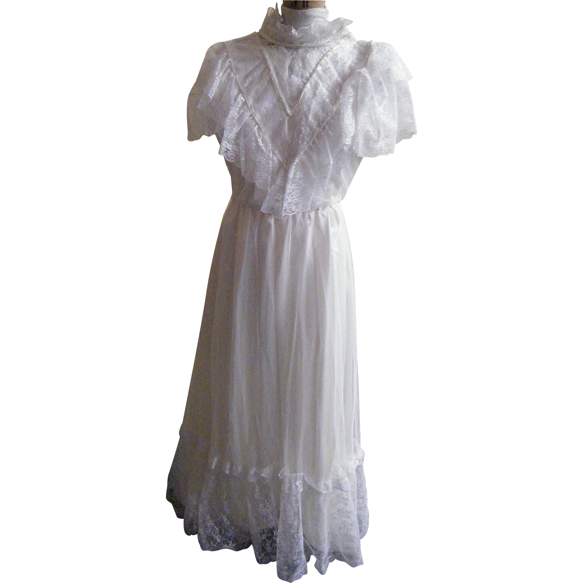 Victorian Style Bridal Dress..Lace Bodice..Short Sleeves..Net Over Satin...Lace Flounce Bottom..