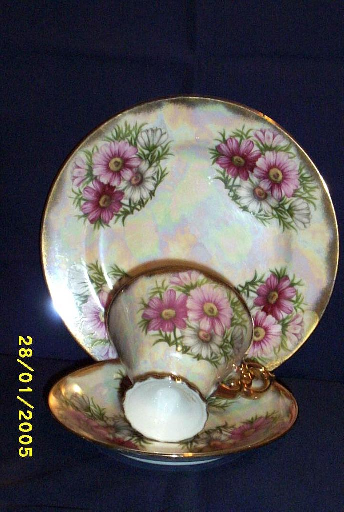 Japan Ucago Lusterware Three Piece Dessert Set..October...Mums