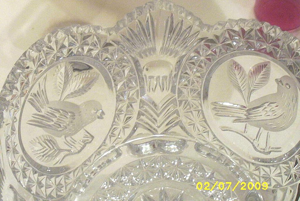 Vintage...Hoffbauer West Germany..4-Footed Clear Crystal Bowl With..4 Bird Medallions..Byrdes Collection