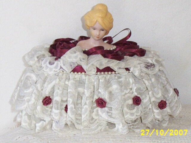 Item ID: DOLL-VANITY-BASKET-2300 In Shop Backroom