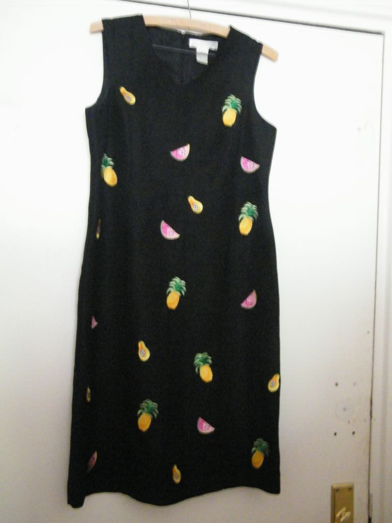 Sheath Dress..Black Linen Sleeveless..Watermelon..Pineapple..Pear.. Embroidered..Lined..Size 8..