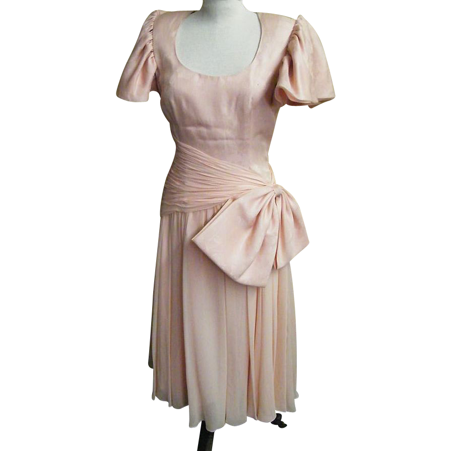 1960's Pale Pink Silk Chiffon Cocktail / Formal Dress By Morton Myles For The Warrens..1960's..Hong Kong..Size 12
