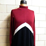 Nina Leonard Long Knit Color Blocked Dress..Turtle Neck..Wool / Acrylic..Wine / White / Black..Hong Kong..Size XL..Excellent Condition!