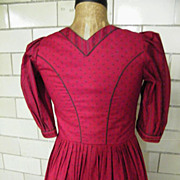Saltzburger Dirndl Dress From Austria..Dark Red Calico Print..NOS..Size 6/8