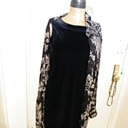 Designer Dress..Victor Costa Occasion..Black Velvet Straight Dress..Size M..Excellent Condition