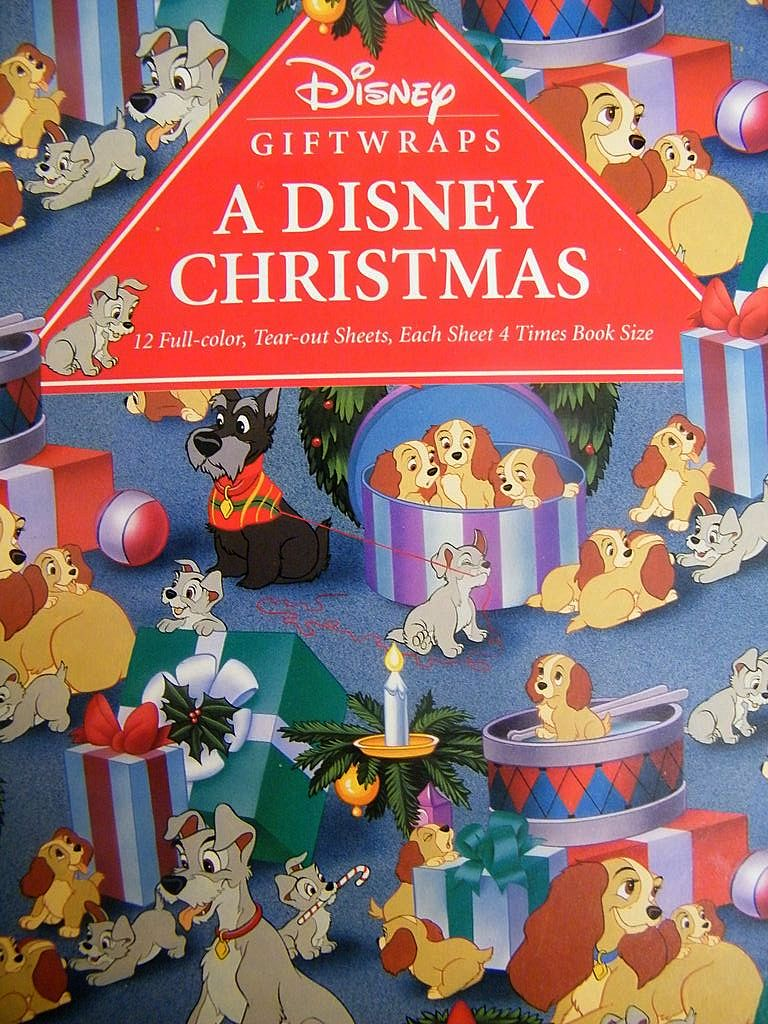 Disney Giftwrap Book...A Disney Christmas..6 Designs..12 Sheets ...