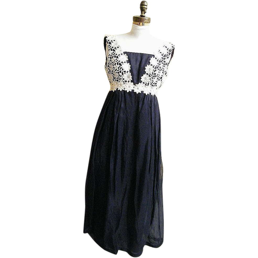 GOWN..Navy Silk Organdy..Appliqued Cotton Floral Lace Bodice..Size 9..1950's