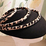 Vintage STRIKING Black Felt Hat With Leopard Trim..