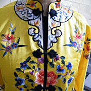 Chinese Kimono / Robe / Coat...Embroidered..Yellow / Gold Ground..NOS..Size Medium