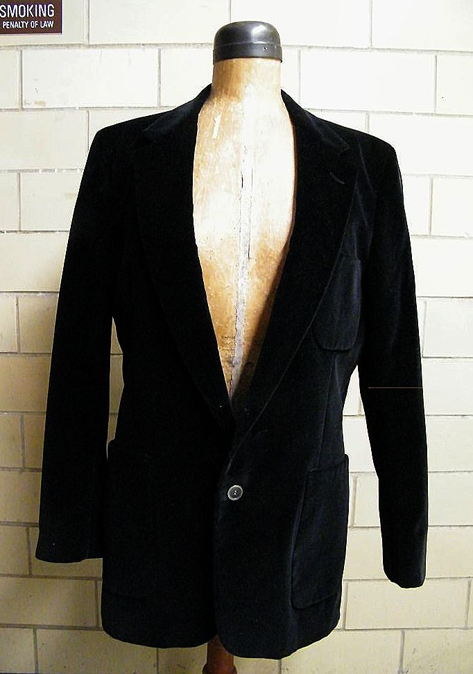Bill Blass Black Velveteen Formal Jacket..For PBM..Made In USA..Excellent Condition