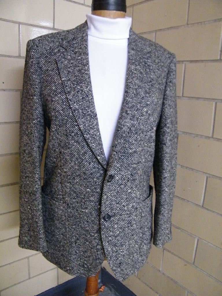 Black & White Tweed Wool Men's Sports Jacket..Made In Italy By Prestigio..Italian Size 52R...