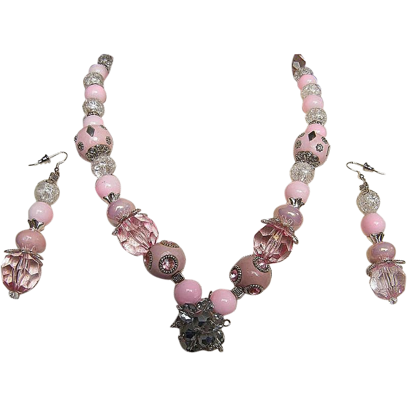 """PINK CONFECTION...Necklace & Earring Set..Pink With Crystal Accents..Beads..20"""" / 3"""" Long"""
