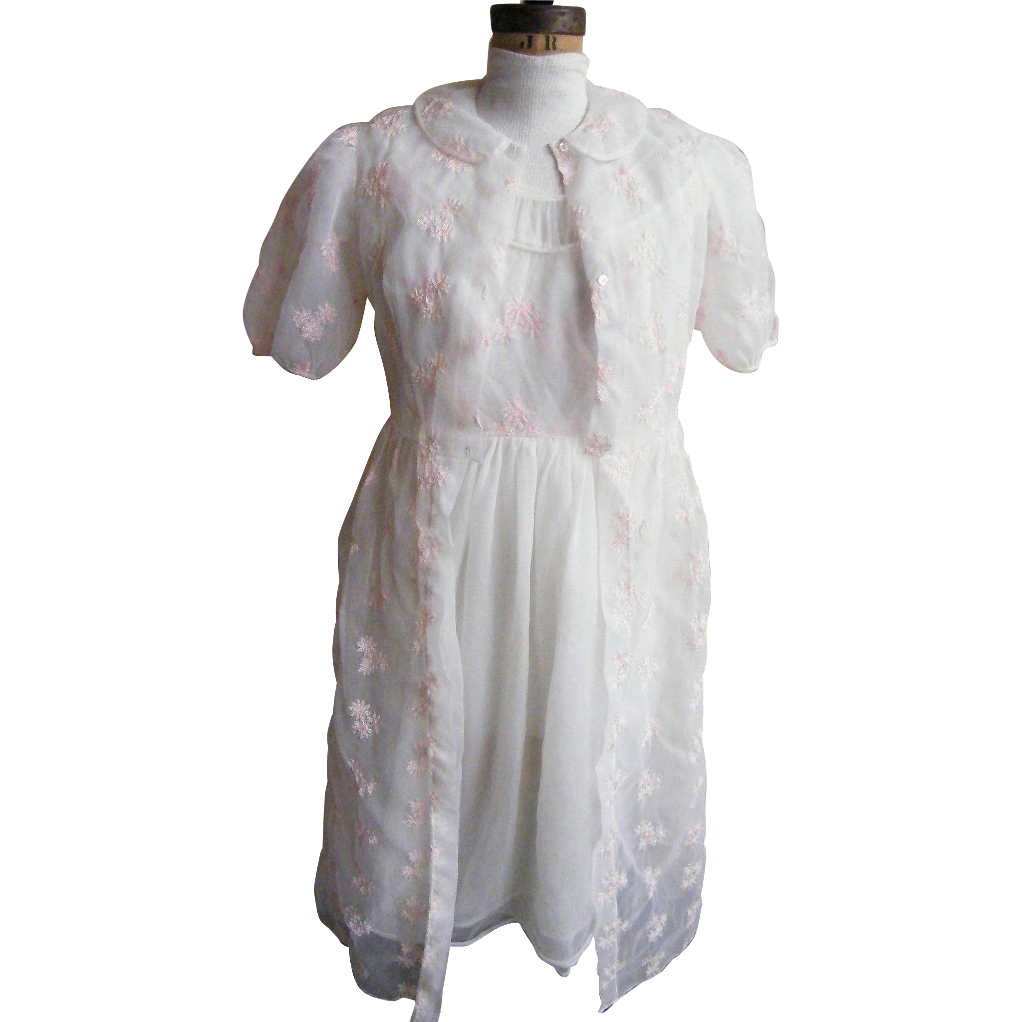 Vintage 1950's And 1960's Peignoir Set Robe And Gown White Nylon With Pale Pink Shifili Embroidered Flora Clusters