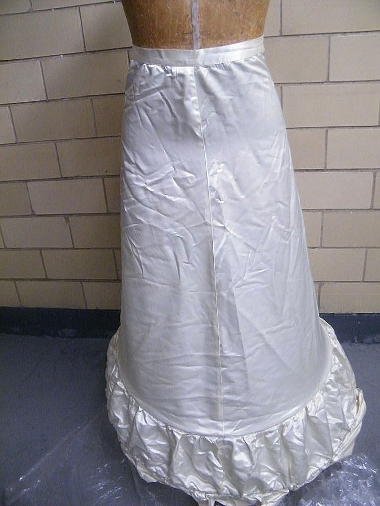 1950's Hoop Satin Long Petticoat For Wedding Gown Or Reeinactment..Excellent Condition!