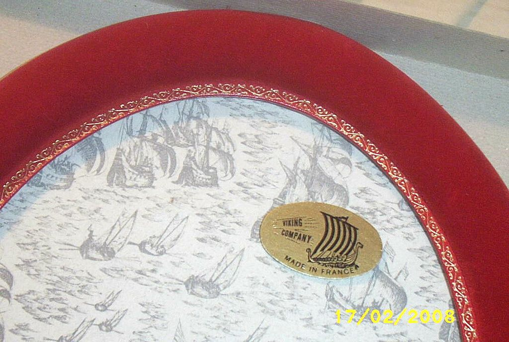 Vintage...Oval Velvet Picture Frames..France..By Viking Co...New Condition..Box...3 Available