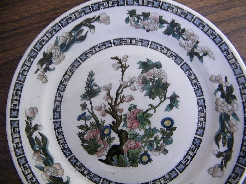 Vintage Railroad China New York New Haven Hartford Railroad..Indian Tree..Syracuse..Excellent Condition..3 Luncheon Plates..Beige  Garland Border..8.75""