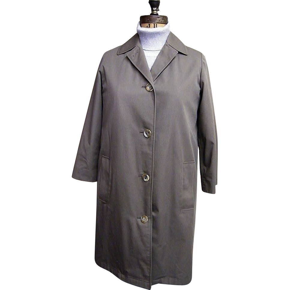 Ladies Aquascutum Dark Khaki Raincoat With Wool Blend Lining..S