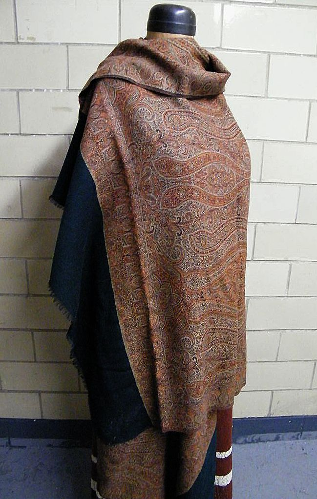 Item ID: SHAWL WOOL BITTERSWEET PAISLEY In Shop Backroom