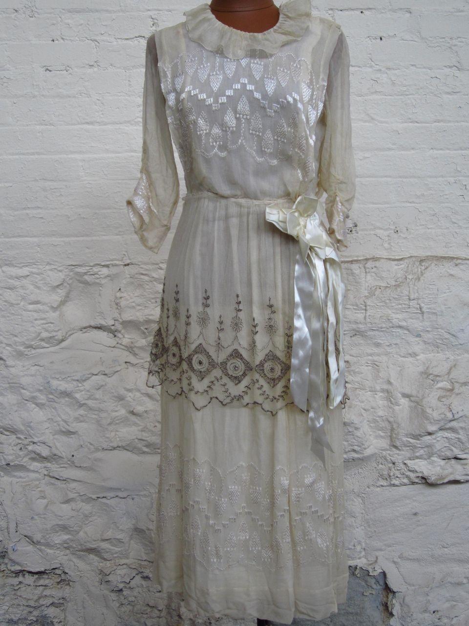 Early 20Th Century Silk Dress....