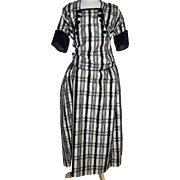 Silk gabardine dress 1909-1915 era, white with navy velvet