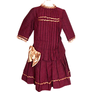 "Antique red wool dress for 22"" bebe"