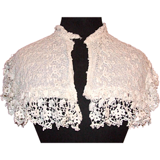 Late Victorian era needlelace lady's collar