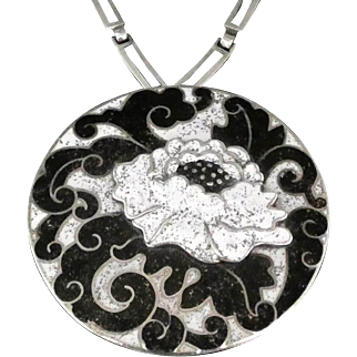 "Margot de Taxco Florid Mum Mexican Enamel Sterling Silver Pendant Necklace 20.5"""