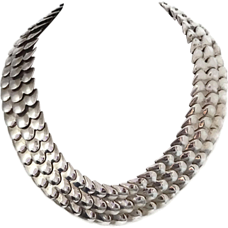 127GR Taxco Mexican Scalloped Link Sterling Silver Necklace