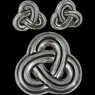 Sucesores de William Spratling Taxco Mexican Pretzel Pin & Earrings Sterling Silver Set