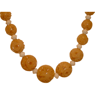 Vintage ECRU/Tan Colored Galalith Plastic Deco Necklace