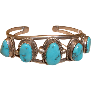 Vintage Native American Turquoise Studded Silver Bangle Bracelet