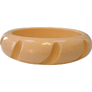 Vintage Carved Hi-Wall BAKELITE Bangle Bracelet