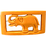 Vintage BAKELITE Cream Figural Elephant Pin Brooch