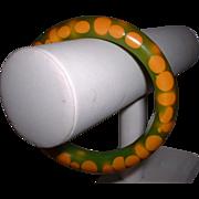 Vintage Green and Cream Random Dot BAKELITE Bangle Bracelet