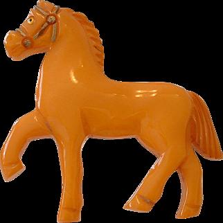 Vintage Figural Realistic BAKELITE Walking Horse Pin Brooch