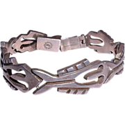 Vintage Mid-Century Fish Design Mexican Taxco Heavy Sterling Silver Link Bracelet