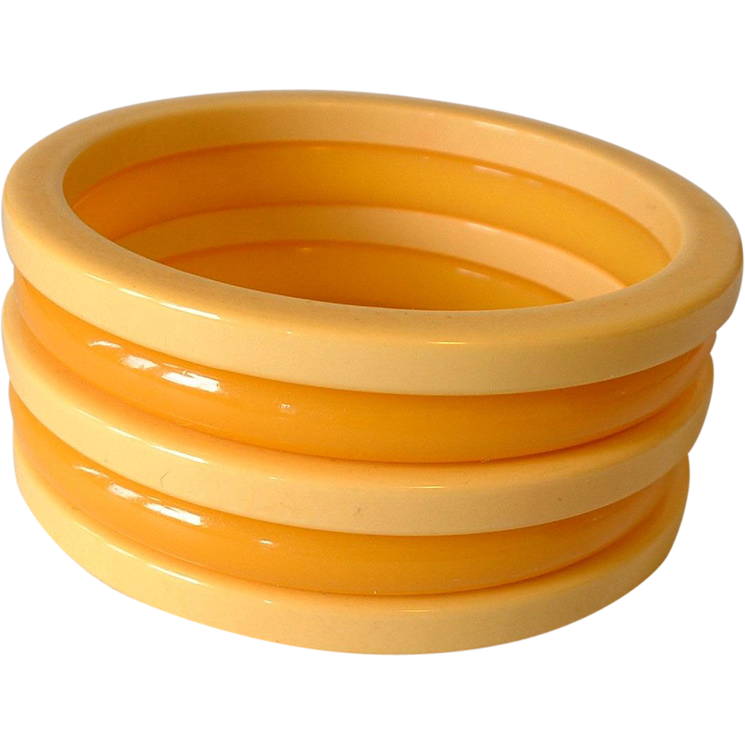 Vintage Cream and Butterscotch Bakelite Bangles Set 5 from ...
