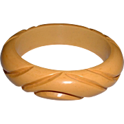 Vintage Wavy Cream Carved Bakelite Bangle Bracelet