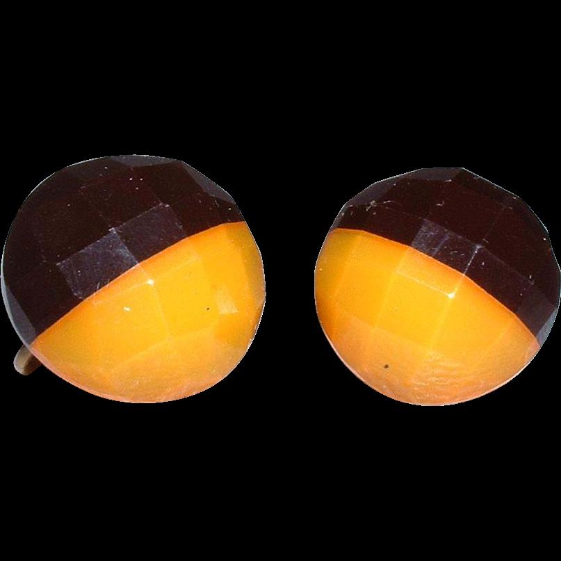 Vintage BAKELITE Black And Caramel Facetted Screwback Earrings From Littleshi