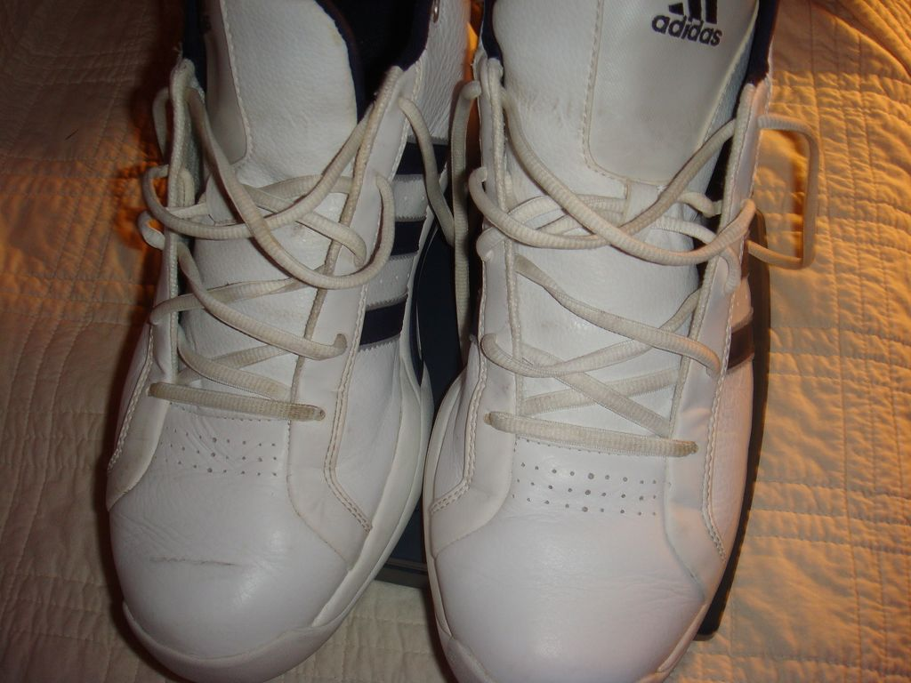 Like New Vintage Adidas White and Blue Leather Adidas Basketball Shoes from the 1990's!