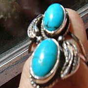 Native American Style Leaf and Double Turquoise Silver Ring Unmarked
