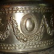 Large Metal Jewelry Casket: Roses, Vines, Medallion