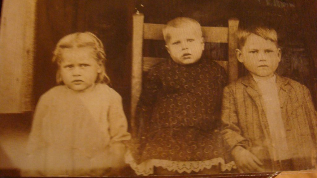 Real Picture/Photo Postcard 3 Darling Children Very Serious!