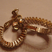vintage Napier Silvertone Screw On Earrings With Rhinestones & Faux Seed Pearls