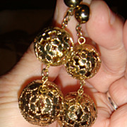 Reticulated Spherical Ball Flower Dangling Pierced Earrings